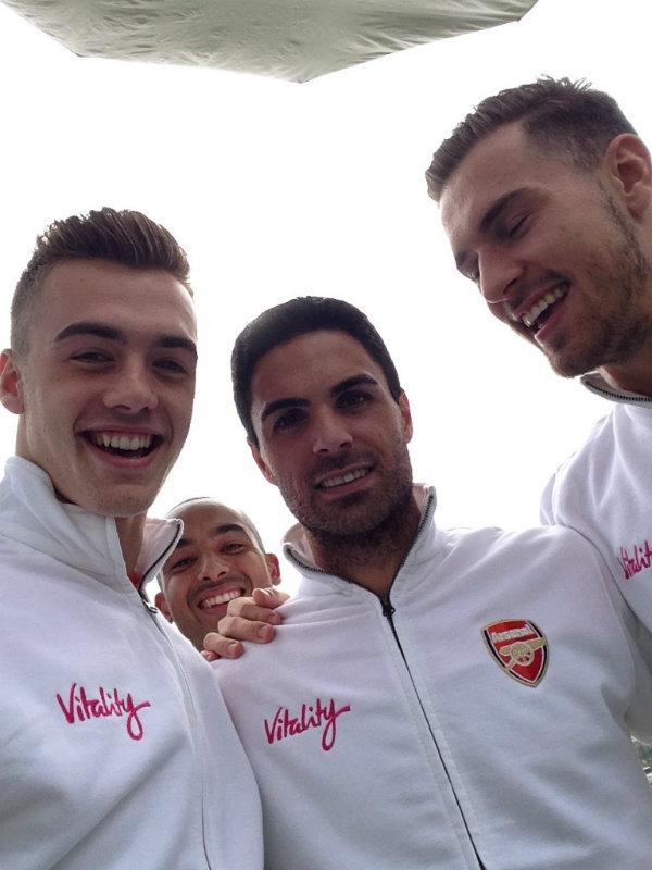 Vitality Arsenal Selfie33