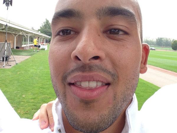 Vitality Arsenal Selfie5