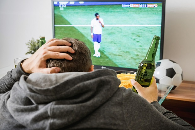 Benefits Of Watching Football Or Live Sports Events Football Talk Premier League News