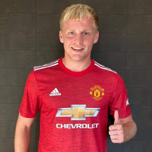 Manchester United sign Donny van de Beek from Ajax